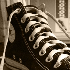 Photo : Lacer ses chaussures