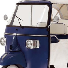 Photo : Piaggio Ape Calessino