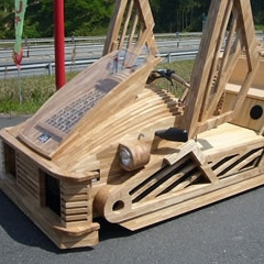 Photo : Supercar en bois Maniwa