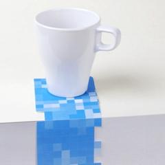 Photo : Pixels de table