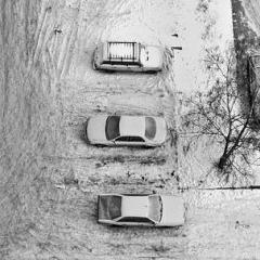 Photo : Jouer aux voitures