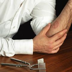 Photo : Test de jalousie : le kit fausse infidelité