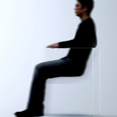 Photo : Fauteuil invisible