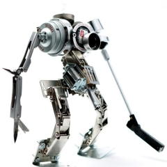 Photo : High-tech + recyclage = robots