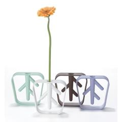 Photo : Soliflore Nekko Bud Flower Vase