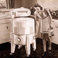 Photo : Machine à laver des 40's