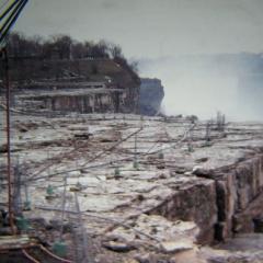 Photo : Chutes du Niagara : assechées !