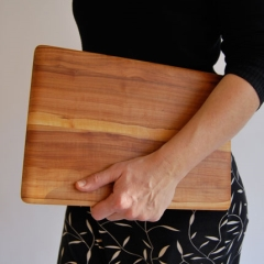 Photo : MacBook en bois