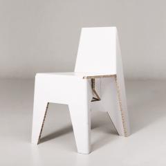 Photo : Yksi chair la chaise en carton