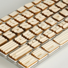 Photo : Clavier tactile en bois
