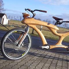 Photo : Vélo en bois