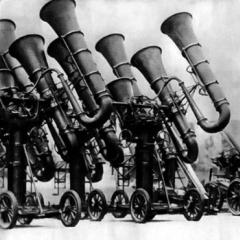 Photo : La guerre des tubas