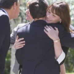 Photo : La fausse photo truquée de Sarkozy et Carla Bruni