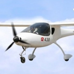 Photo : Yuneec E430 : premier avion électrique