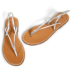 Des sandales pour prendre son pied ?