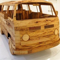 Photo : Combi VW en bois