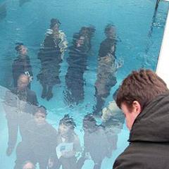 Photo : Au fond de la piscine