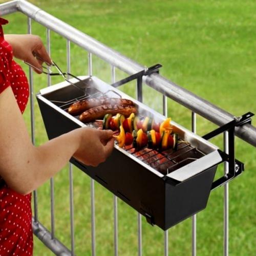 barbecue electrique sur un balcon