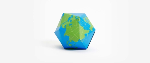 Photo de la planète pliable Dymaxion Folding Globe