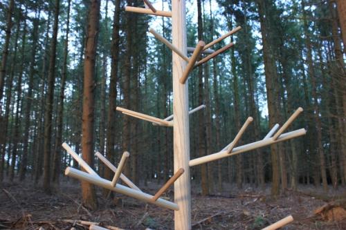D co no l design un sapin minimaliste - Sapin de noel en bois design ...